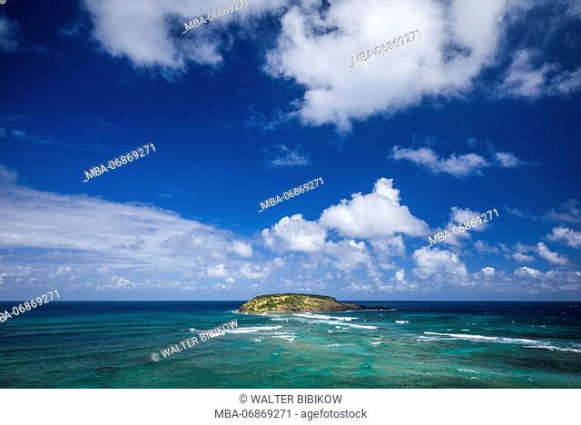 French West Indies, St-Barthelemy, Grand Cul-de-Sac, elevated view of the Anse du Grand-Cul-de-Sac bay