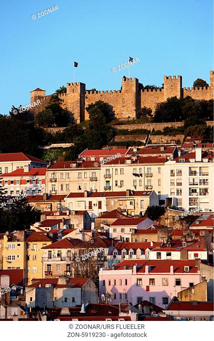 Die Burg in der Innenstadt der Hauptstadt Lissabon in Portugal