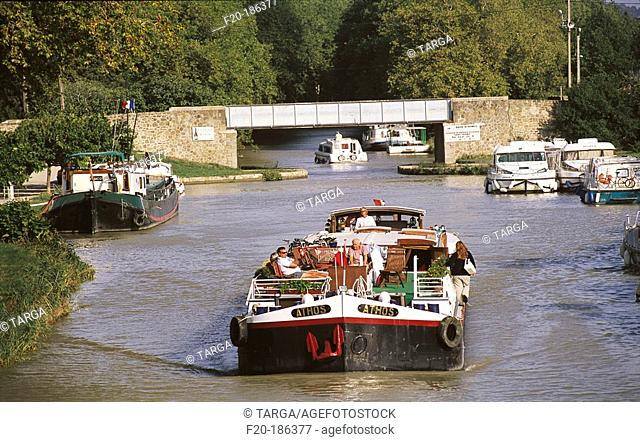Canal du Midi at Homps. France