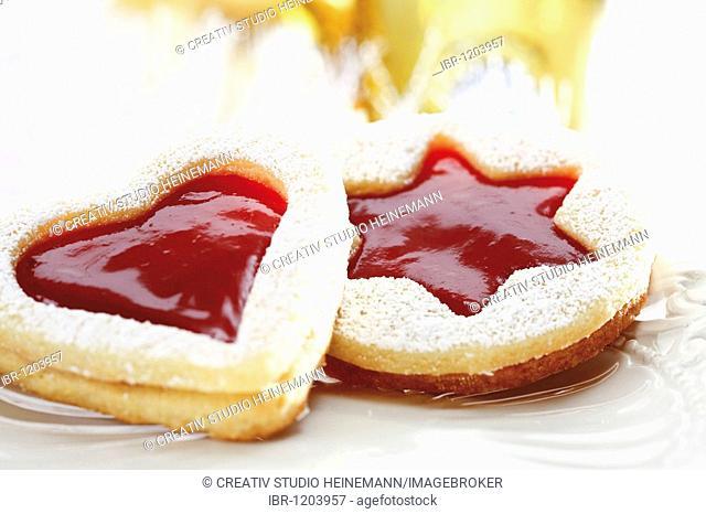Short pastry jam cookies