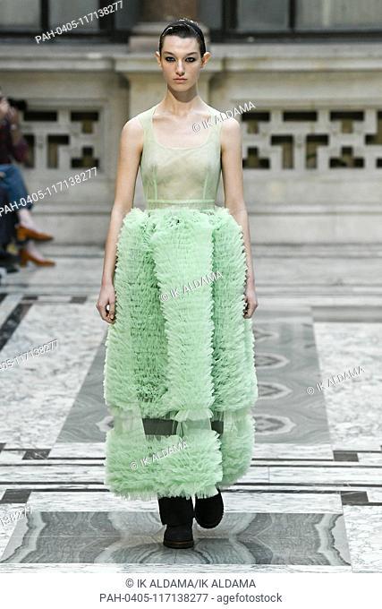 Molly Goddard runway show during London Fashion Week, AW19, Autumn Winter 2019 collection - London, UK 16/02/2019   usage worldwide