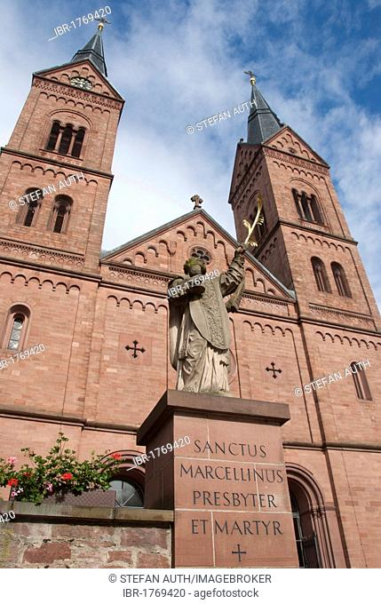 Statue of St. Marcellinus, Neo-Romanesque west facade, Basilica of St. Marcellinus and Peter, former Benedictine monastery, Seligenstadt, Hesse, Germany, Europe