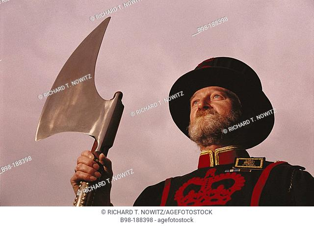 Yeoman warder with ceremonial axe. Tower of London. England