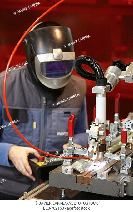 Rofin-Sinar laser welding equipment, Transport Unit. Fundación Inasmet-Tecnalia, Centro de Investigación, Parque Tecnologico de San Sebastian, Donostia