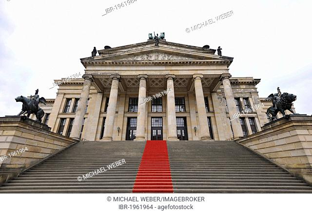 Red carpet on the step leading up to the Konzerthaus, concert hall, building by Schinkel, Gendarmenmarkt square, Mitte quarter, Berlin, Germany, Europe