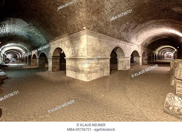 Cryptoporticus in Arles, Bouches-du-Rhone, Provence-Alpes-Cote d'Azur, Southern France, France, Europe