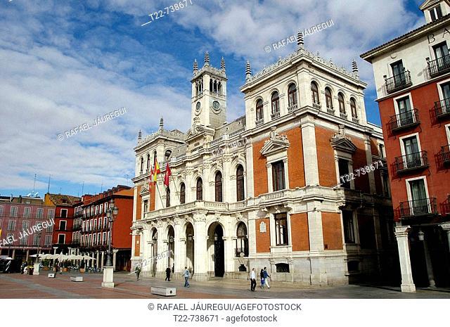 Valladolid. España. Plaza Mayor de Valladolid en el casco histórico de la ciudad