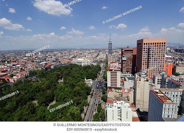 Panoramica de centro historico Parque Alameda Torre Latinoamericana Plaza Juarez Hemiciclo a Juarez Palacio de Bellas Artes ciudad de Mexico