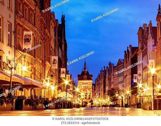 Poland, Pomeranian Voivodeship, Gdansk, Old Town, Long Street at twilight