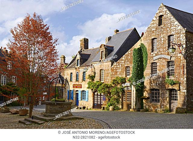 Locronan, Labelled Les Plus Beaux Villages de France, The Most Beautiful Villages of France, Finisterre, Bretagne, Brittany, Chateulin distict, France
