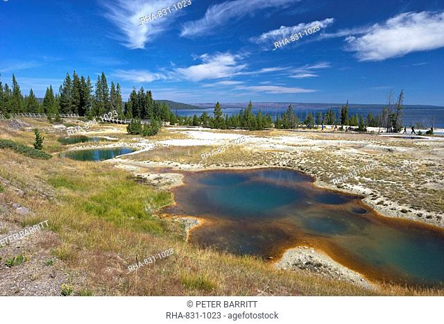 Blue Funnel spring, West Thumb Geyser Basin, Yellowstone National Park, UNESCO World Heritage Site, Wyoming, United States of America, North America