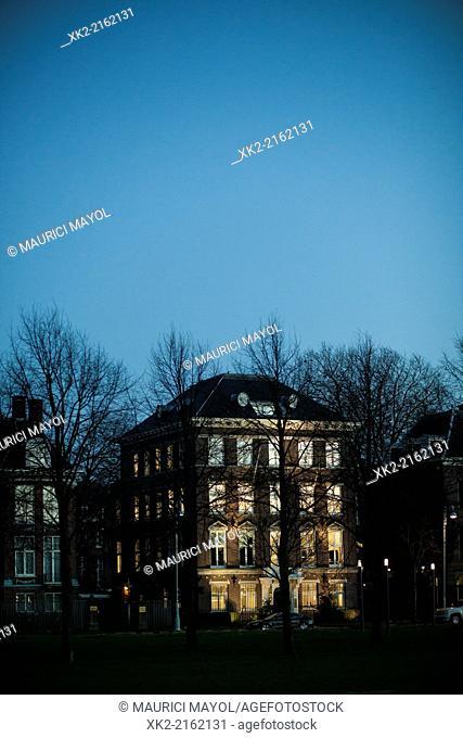 Artificial light in a dark house, Amsterdam, Nederlands