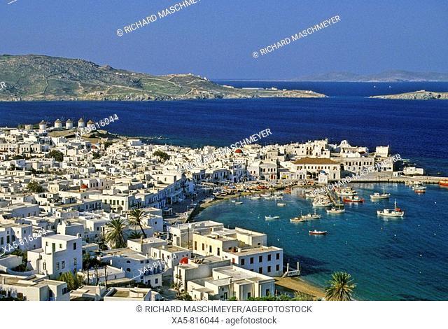 Greece, Mykonos, view of the harbor