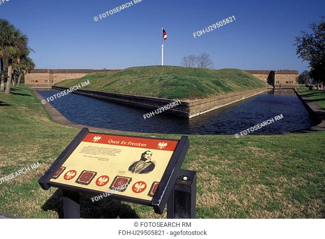 fort, Savannah, GA, Georgia, Fort Pulaski National Monument, an irregular pentagon building surrounded by a moat, in Georgia