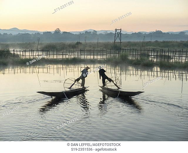 Intha Leg Rower