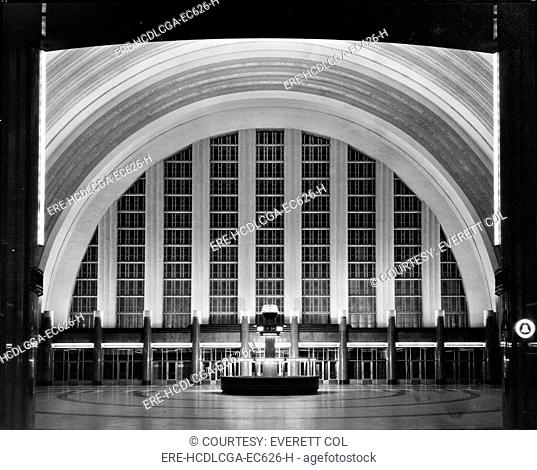 Cincinnati Union Terminal, concourse looking east, constructed in 1933, partially demolished in 1974, Cincinnati, Ohio, photograph circa early 1970s
