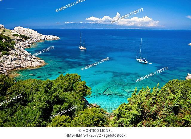 Italy, Sardinia, Province of Olbia-Tempio, Santa Teresa Gallura, Capo Testa, granite peninsula overlooking the Strait of Bonifacio in Corsica face
