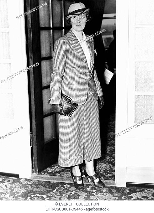 Mrs. Bruno Hauptmann's made a desperate attempt to prevent her husband's execution on April 3, 1936.On the night of the execution, she traveled to Flemington, N