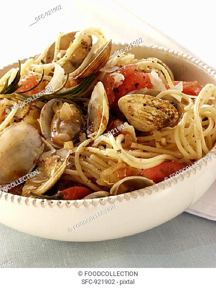 Spaghetti vongole with tomatoes and Parmesan