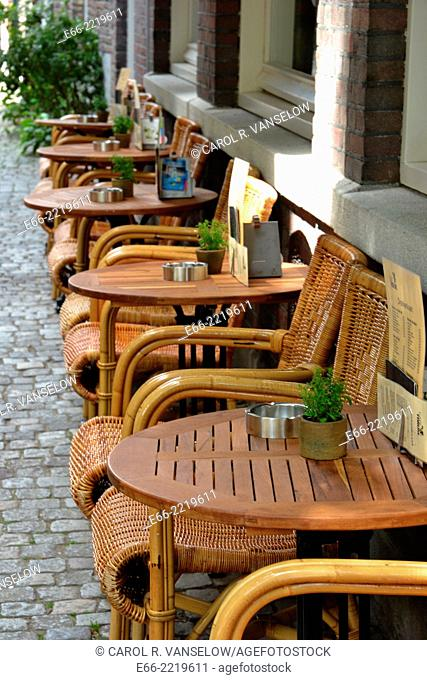 """Maastricht is wellknown for its """"""""café/terrace culture"""""""". This café is on a side street just off 't Vrijthof in the old city, Maastricht in the Netherlands"""