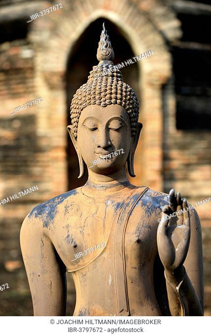 Buddha statue, detail, Wat Sa Si or War Sra Sri, Sukhothai Historical Park, Sukhothai, Northern Thailand, Thailand