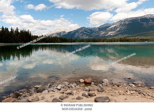 Edith Lake, Jasper, Jasper National Park, Alberta, Canada