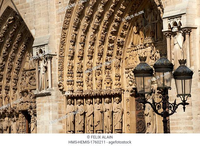 France, Paris, area listed as World Heritage by UNESCO, cathedral Notre Dame of Paris, detail of tympanum