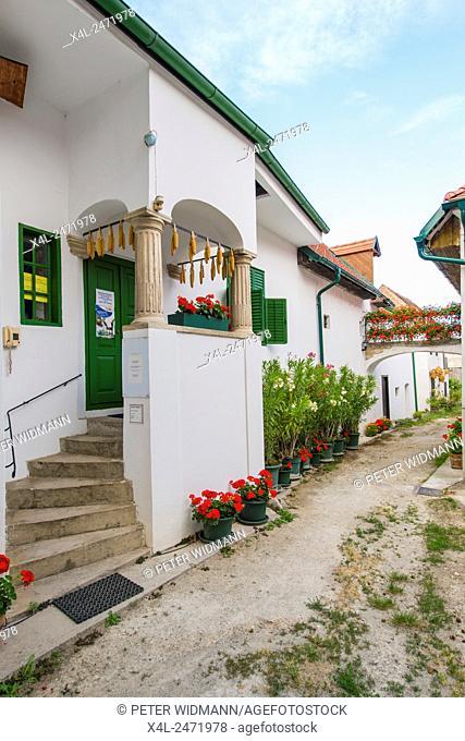 Hofgasse, Moerbisch on Lake Neusiedl, Seewinkel, Burgenland, Austria