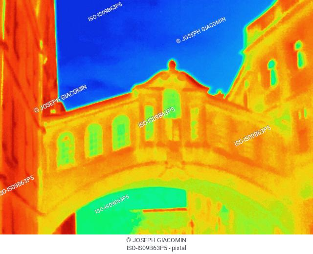 Thermal image of Bridge of Sighs, Oxford, England, UK