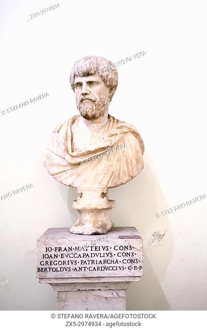 Male portrait of the Adrian period (117-138 AD). Musei Capitolini - Rome, Italy