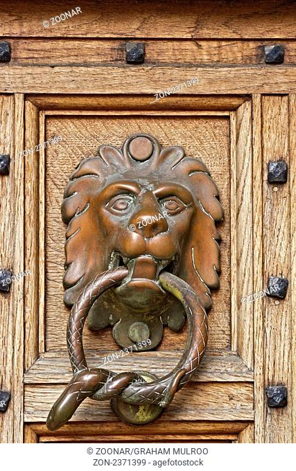 UK NewburyLion Door Knocker