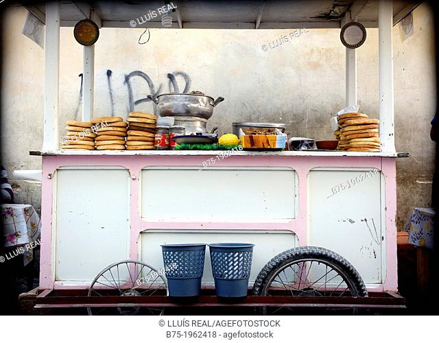 Cart, street Restaurant in the city of Fez, Morocco, Africa