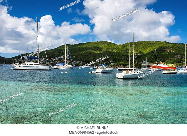 Sailing boats anchoring in Port Elizabeth, Admirality bay, Bequia, St. Vincent and the Grenadines, Carribean