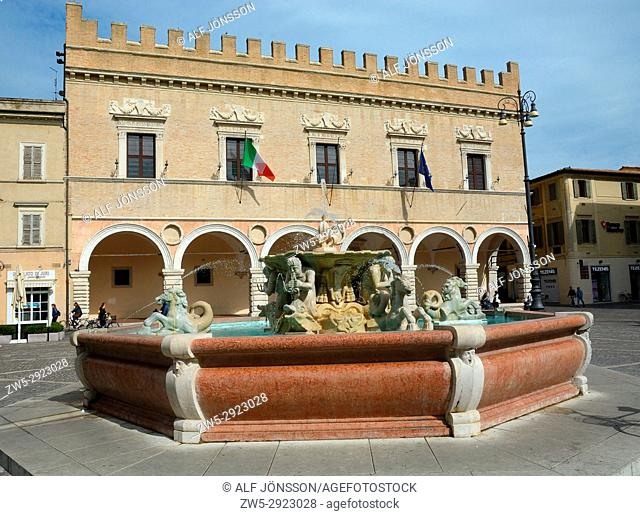 Piazza del Poloplo and Palazzo Mosca in Pesaro old town, Region Marche, Italy