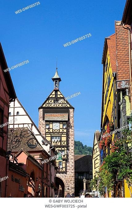 France, Alsace, Alsatian Wine Route, Haut-Rhin, Riquewihr, Dolder Tower