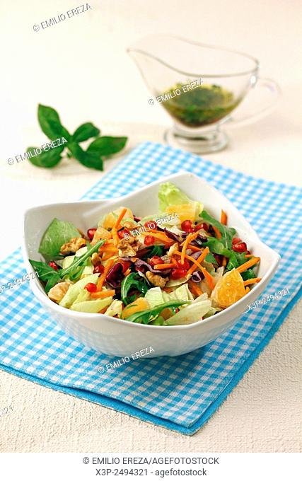 Salad with pomegranate and tangerines