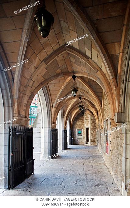 Ireland, Dublin, Suffolk Street  The arcaded entrance of the Dublin Tourism Office