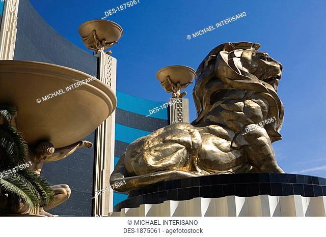 Las Vegas, Nevada, United States Of America, Lion Statue And Male Figures Holding Bowls