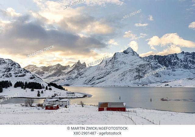 Entrance to Nesstraumen. Mountains of Moskenesoya rising over Selfjorden and Torsfjorden near village Fredvang, seen from Flakstadoya
