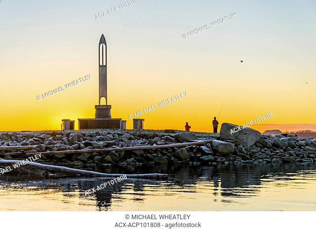 Sunrise, through the Fisherman's Memorial Needle, Garry Point Park, Steveston, Richmond, British Columbia, Canada