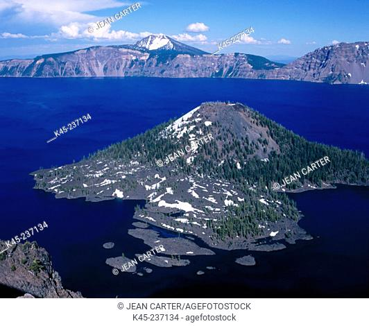 Wizard Island with snow. Crater Lake National Park. Oregon. USA