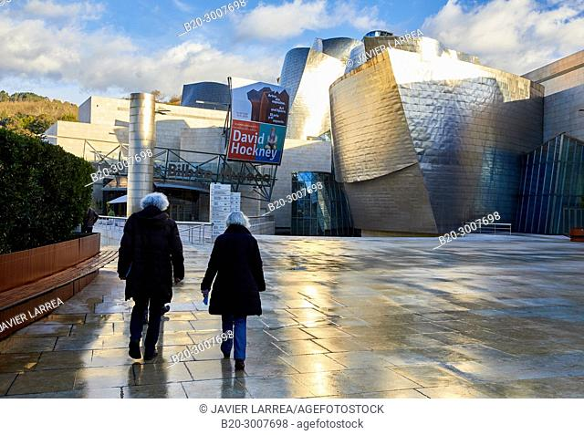 Senior couple, Guggenheim Museum, Bilbao, Bizkaia, Basque Country, Spain, Europe