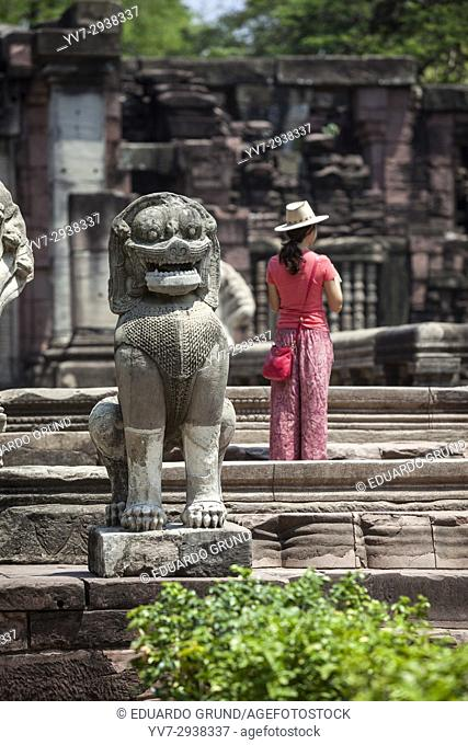 Phimai Historical Park. On the banks of the River Mun, at the heart of the direct route to the capital Khmer Angkor, stands the temple Prasat Hin Phimai (s