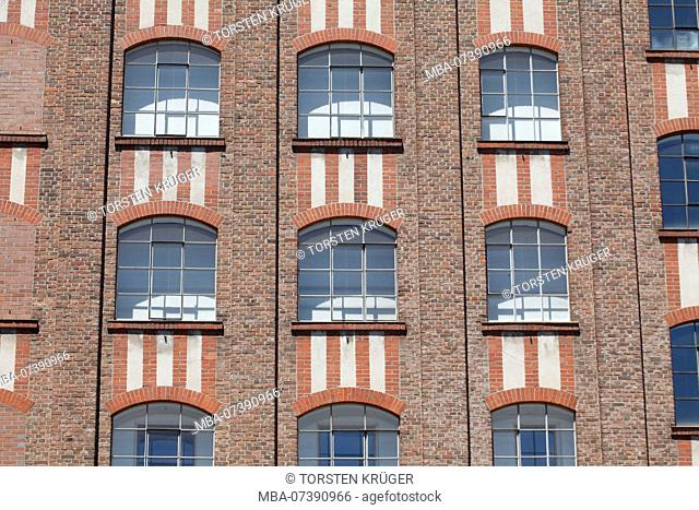 Museum Küppersmühle, Historical industrial architecture at the Innenharbour, Duisburg, Ruhr area, North Rhine-Westphalia, Germany, Europe