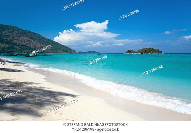 An empty beach on the island Ko Lipeh, Thailand