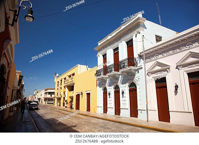 Colorful colonial buildings in city center, Merida, Yucatan Province, Mexico, Central America