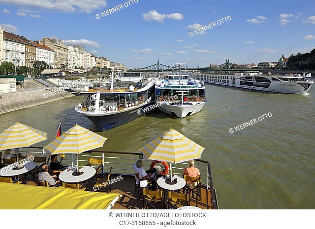 Budapest, Hungary, Central Hungary, Budapest, Danube, Capital City, tourism, holidays, freetime, Danube river cruise, shipping pier at the Danube bank