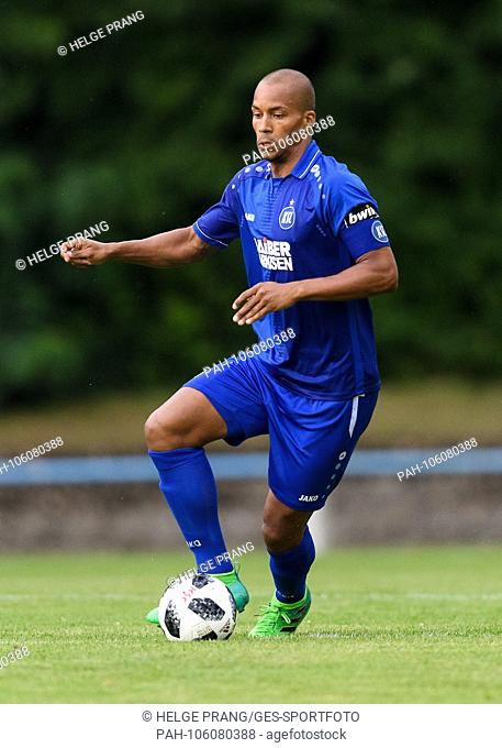David Pisot (KSC) Individual Action, Cut Out. GES / Fussball / 3. Liga Test match preparation for the season 2018/19: FC Oestringen -Karlsruher SC, 28