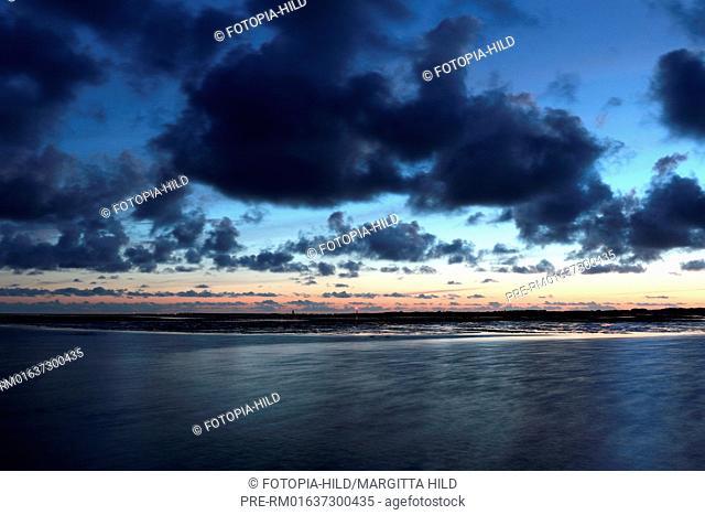 Look on Wangerooge, Friesland district, Lower Saxony, Germany, North Sea / Blick auf Wangerooge, Landkreis Friesland, Niedersachsen, Deutschland, Nordsee