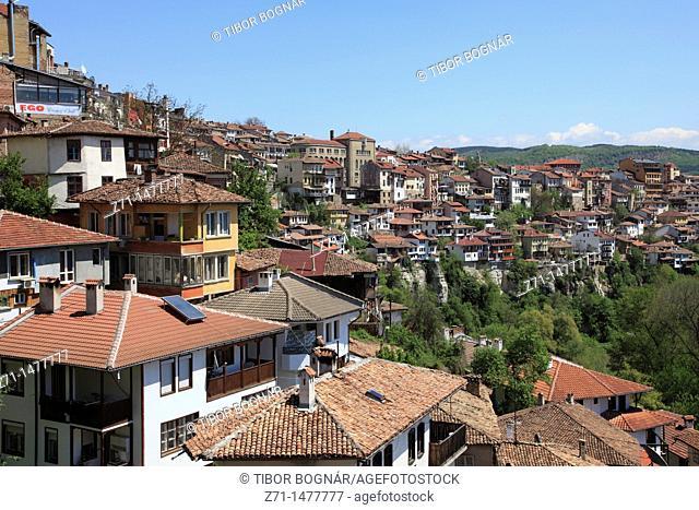 Bulgaria, Veliko Tarnovo, skyline, general view